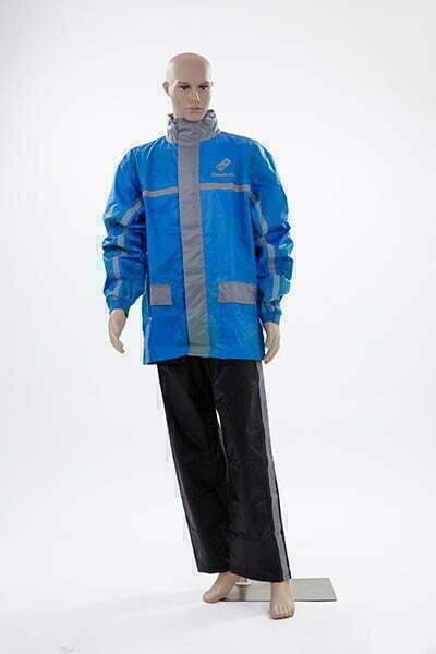 Raincoat-03